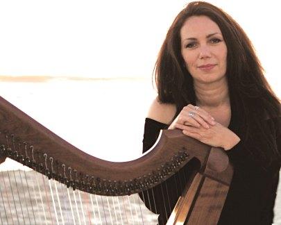 Lisa Lynne (hi-res)